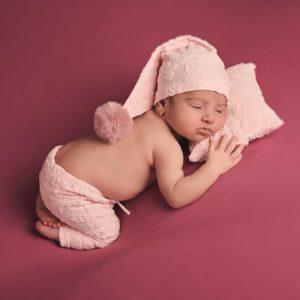 conjunto-newborn-pantalon-gorrito-cojin